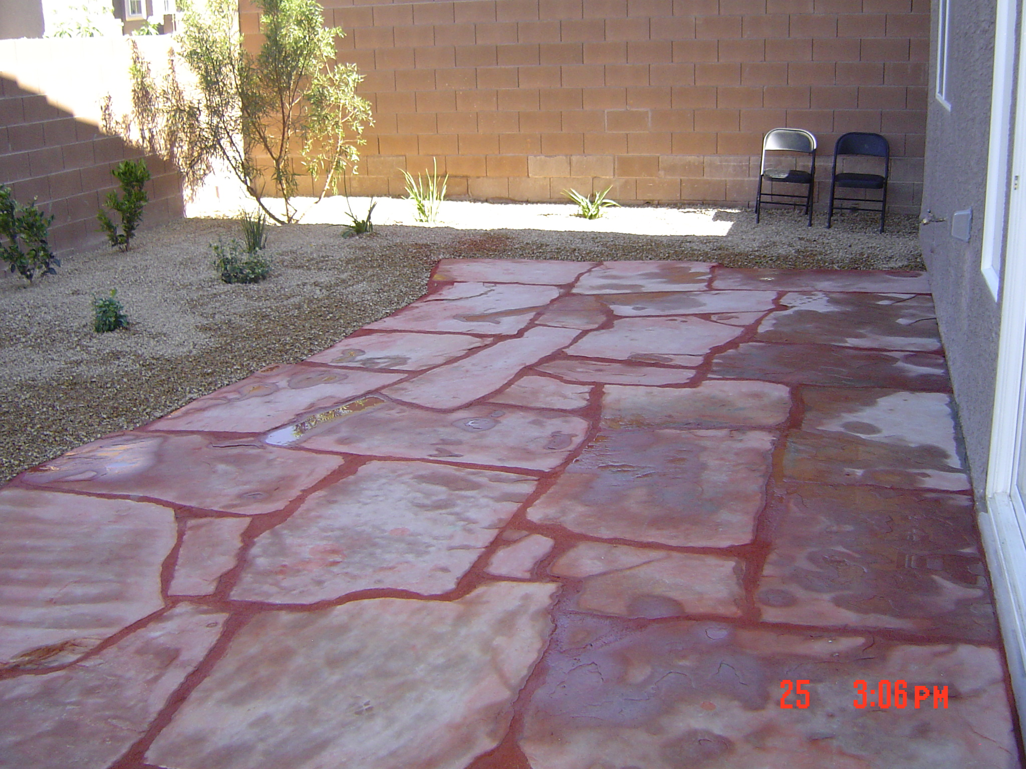 wet-layed-flagstone-patio-1